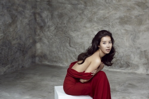 Photo of Im Soo-hyang topless sexy pictorial